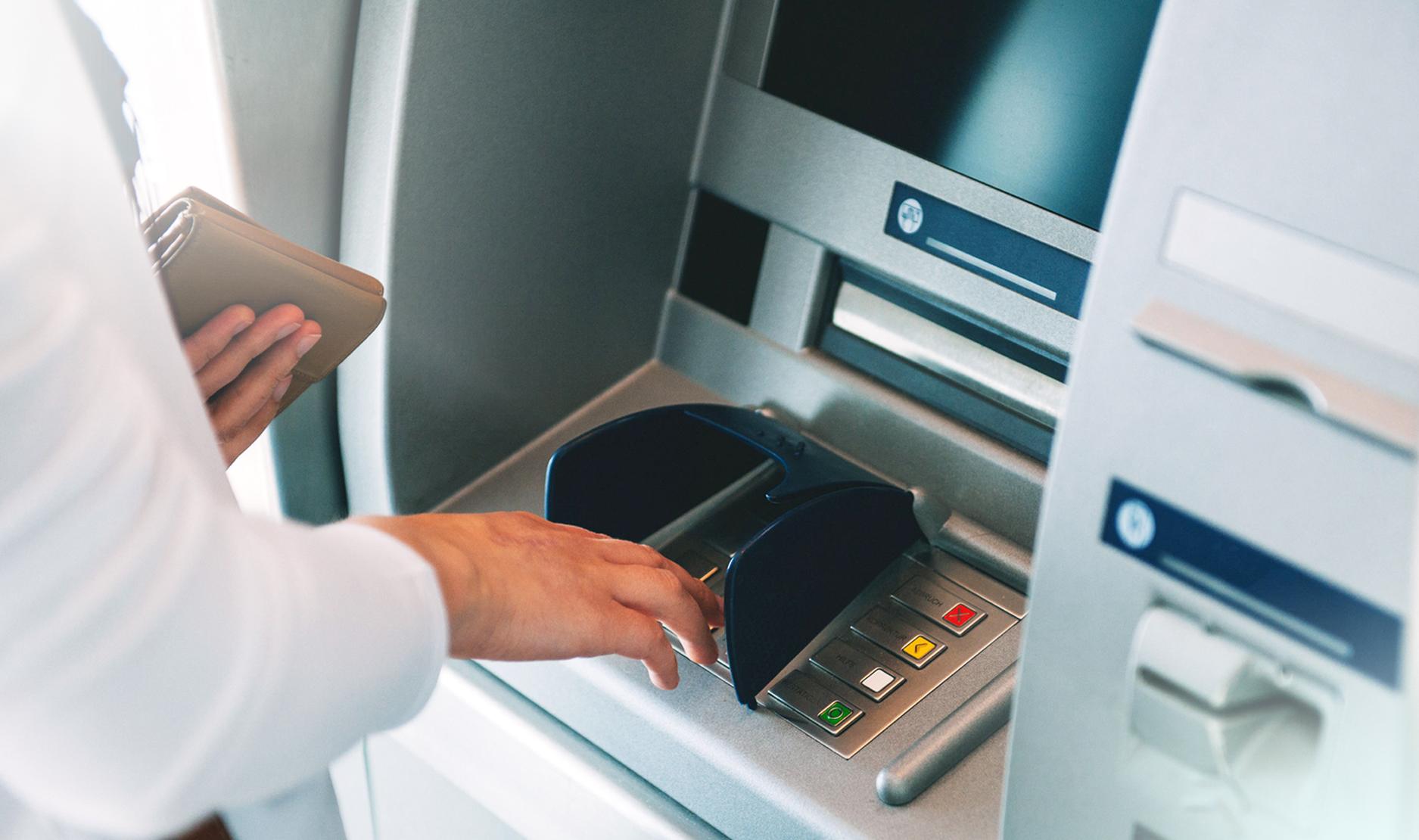 Tips Transaksi Aman di <a href='https://manado.tribunnews.com/tag/atm' title='ATM'>ATM</a>
